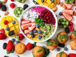 činija voćne salate